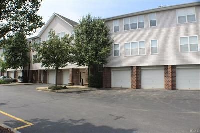 Middletown Condo/Townhouse For Sale: 81 Deer Ct Drive