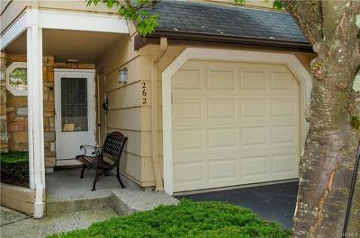 Nanuet Condo/Townhouse Sold: 262 Treetop Circle