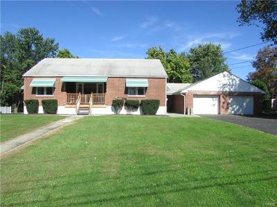 New Windsor Single Family Home For Sale: 7 Margaret Place