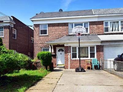 Multi Family 2-4 For Sale: 4174 East Tremont Avenue