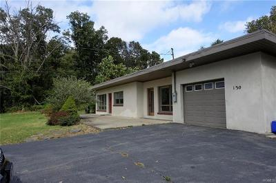 Pomona Single Family Home For Sale: 130 Camp Hill Road