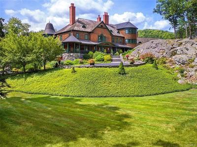 Tuxedo Park Single Family Home For Sale: 194 East Lake Road