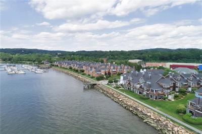 Croton-on-hudson Condo/Townhouse For Sale: 1900 Half Moon Bay Drive
