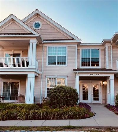 Fishkill Condo/Townhouse For Sale: 414 Saratoga Lane