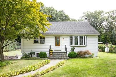 Mohegan Lake Single Family Home For Sale: 3728 Hudsonview Street