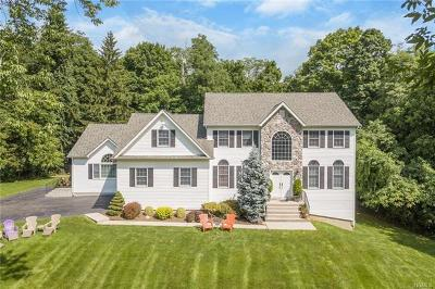 Suffern Single Family Home For Sale: 6 Belmar Court