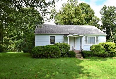 Thornwood Single Family Home For Sale: 45 Andrea Lane