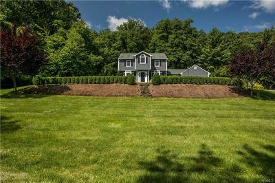 Chappaqua Single Family Home For Sale: 6 Gatwick Court