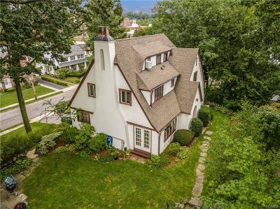 Larchmont Single Family Home For Sale: 6 Rockhill Terrace