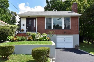 Hartsdale Single Family Home For Sale: 15 Spencer Court
