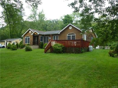 Putnam County Single Family Home For Sale: 12 Apple Tree Court