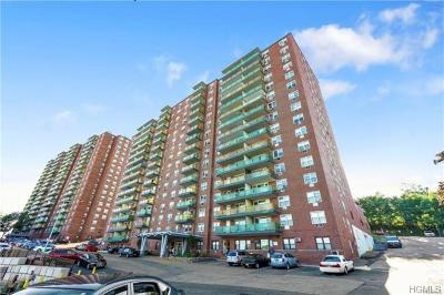 Yonkers Co-Operative For Sale: 1853 Central Park Avenue #4B