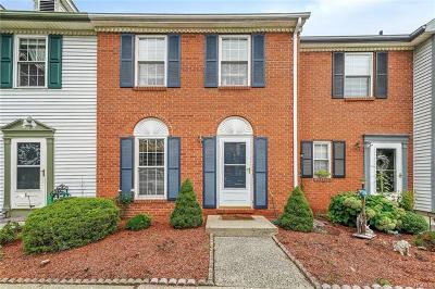 Washingtonville Condo/Townhouse For Sale: 40 Burnett Way