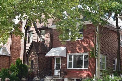 Bronx NY Single Family Home For Sale: $575,000