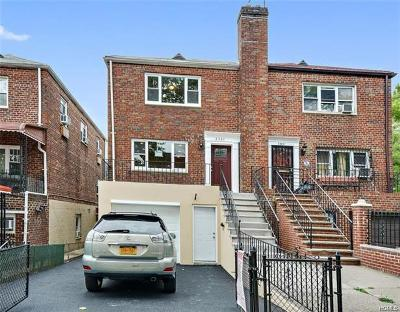Bronx NY Single Family Home For Sale: $549,000
