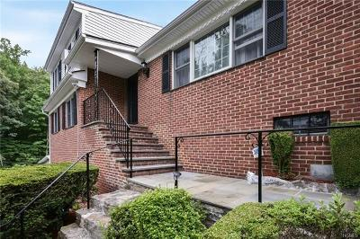 Hartsdale Single Family Home For Sale: 7 Meadowview Drive