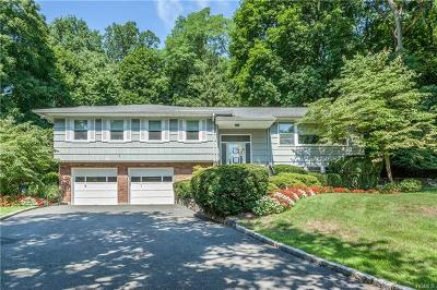 Westchester County Single Family Home For Sale: 5 Oriole Place