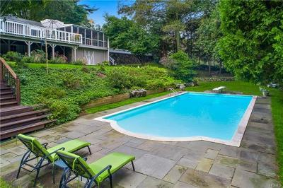 Bedford Single Family Home For Sale: 34 Pine Brook Road