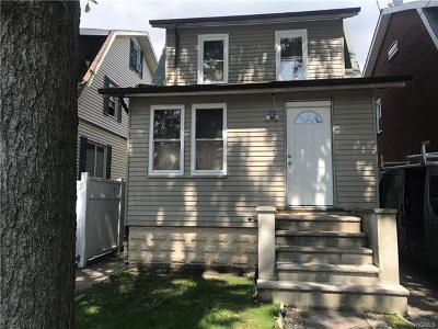 Bronx NY Single Family Home For Sale: $659,000