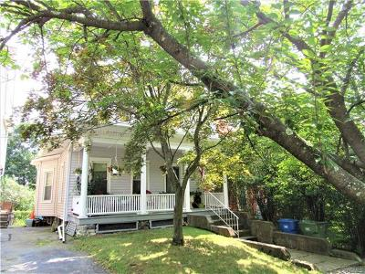 Goshen Single Family Home For Sale: 30 Murray Avenue