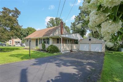 Rockland County Single Family Home For Sale: 8 Garyann Terrace