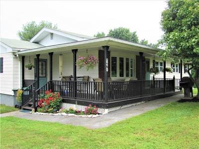 Pine Island Single Family Home For Sale: 127 Pulaski Highway