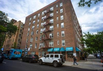 Bronx Condo/Townhouse For Sale: 1332 Metropolitan #5G