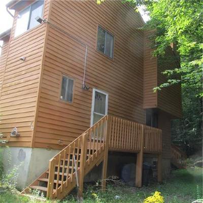 Woodridge Single Family Home For Sale: 7 Edelweis Drive