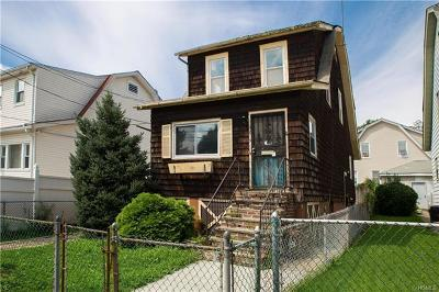Bronx NY Single Family Home For Sale: $324,900