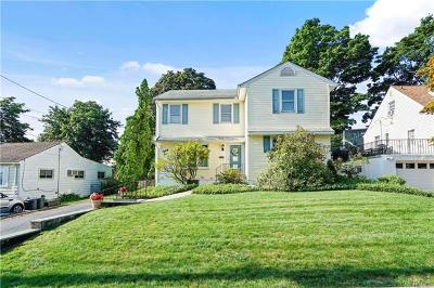 Yonkers Single Family Home For Sale: 81 Kathwood Road