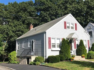 White Plains Single Family Home For Sale: 12 Daniels Place
