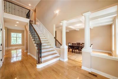 White Plains Single Family Home For Sale: 1 Nikki Drive