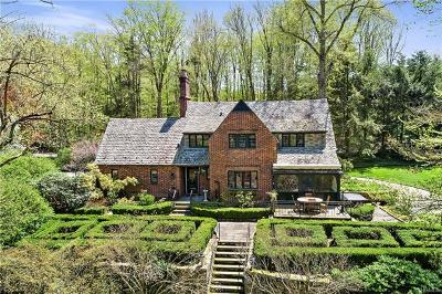 Pound Ridge Single Family Home For Sale: 24 Old Stone Hill Road