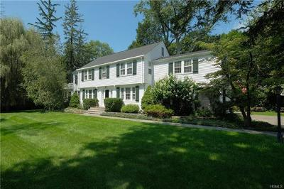 Chappaqua Single Family Home For Sale: 5 Pine Cliff Road