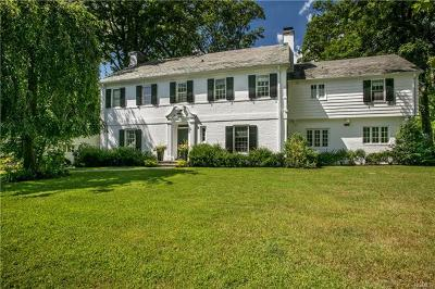 New Rochelle Single Family Home For Sale: 74 Melrose Drive