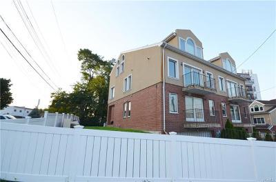 Bronx Multi Family 2-4 For Sale: 3175 Wissman Avenue