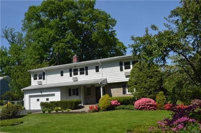 New Rochelle Single Family Home For Sale: 11 Gerada Lane