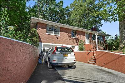 Yonkers Single Family Home For Sale: 381 Roberts Avenue