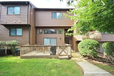 Rockland County Condo/Townhouse For Sale: 5 Tulip Court