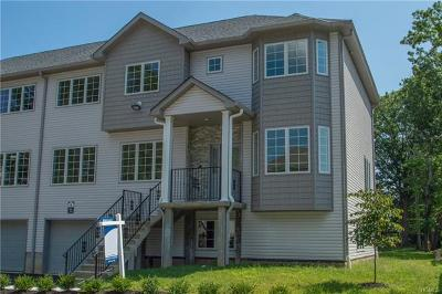 Spring Valley Condo/Townhouse For Sale: 4 North Rigaud #102
