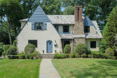 New Rochelle Single Family Home For Sale: 64 Woodlawn Avenue