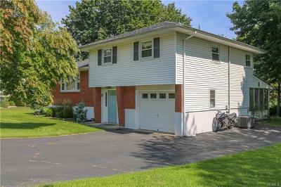 Single Family Home For Sale: 9 De Halve Maen Drive
