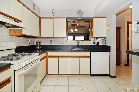 Listing: 135 West Nyack Road #65, Nanuet, NY.| MLS# 4840299 | Donna Cox |  Better Homes U0026 Gardens Rand Realty | Nyack, NY | 845 641 8613