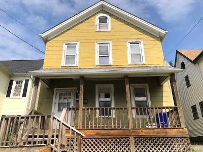 Walden Single Family Home For Sale: 24 Oak Street