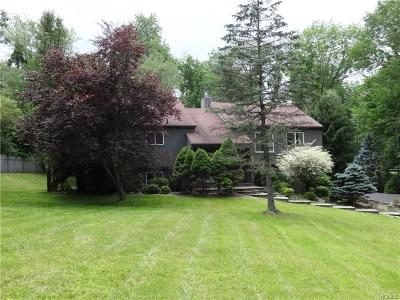 Cross River Single Family Home For Sale: 17 Adams Hill Road