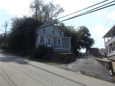 Peekskill Single Family Home For Sale: 1219 Maple Avenue
