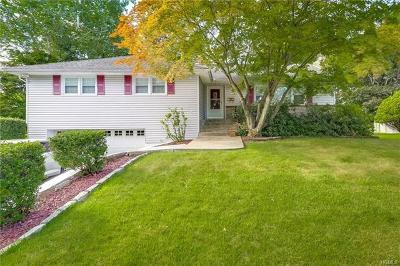 Single Family Home For Sale: 16 Stewart Place