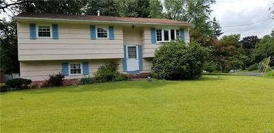 West Nyack Single Family Home For Sale: 1 Brookhill Drive