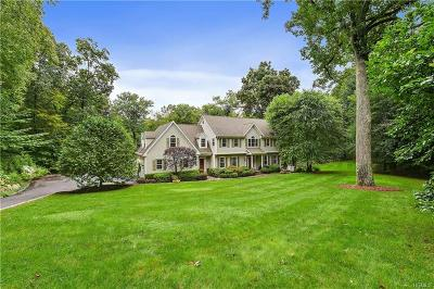 Westchester County Single Family Home For Sale: 11 Canaan Circle