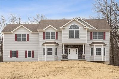 Middletown Single Family Home For Sale: 197 Elise Drive